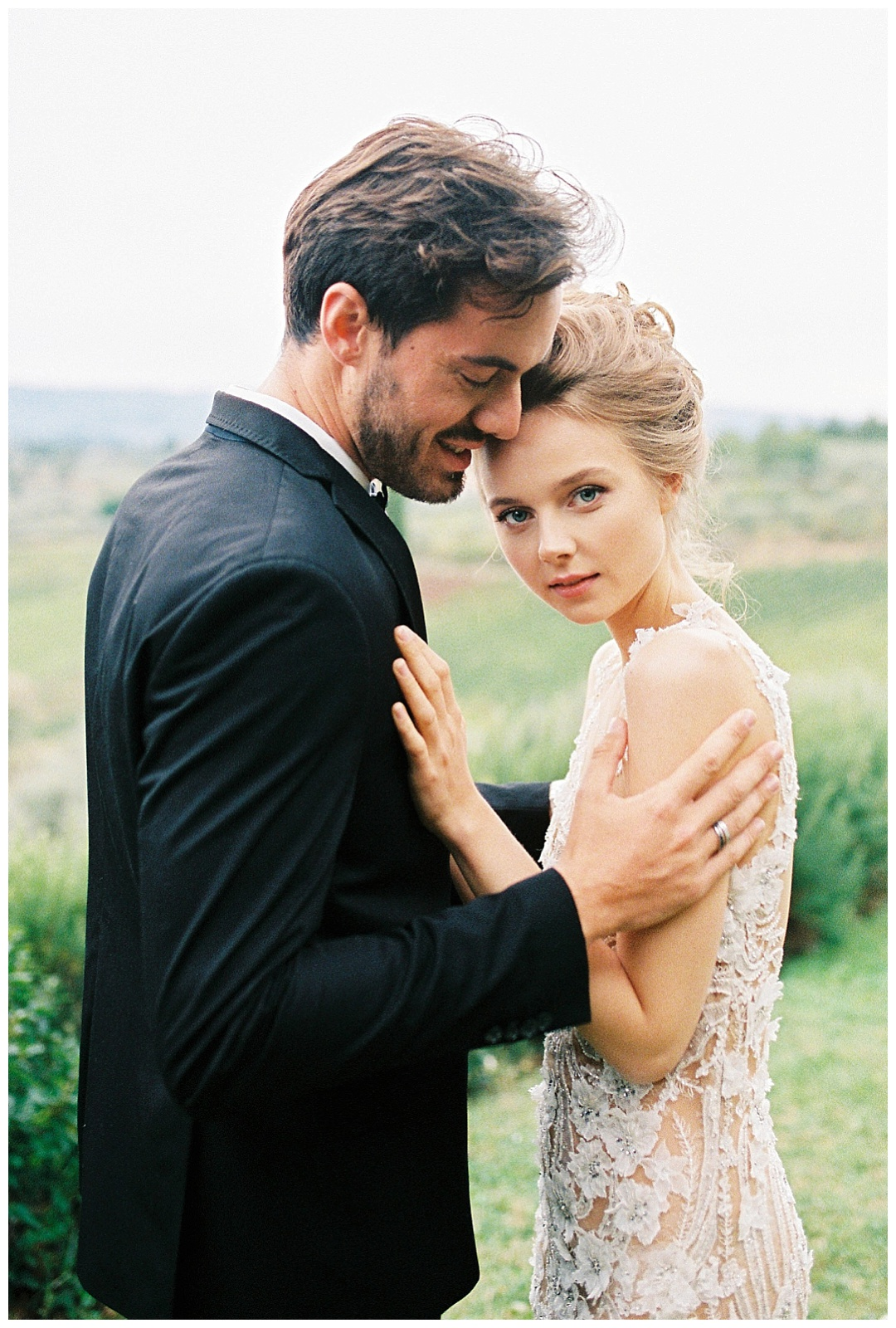 We_Can _Be_Heroes_alternative_wedding_photographer_Tuscany_wedding_film_0013