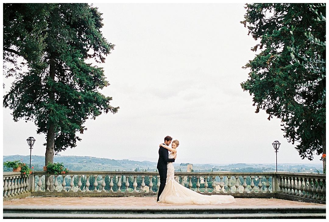 We_Can _Be_Heroes_alternative_wedding_photographer_Tuscany_wedding_film_0014