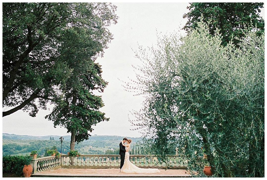 We_Can _Be_Heroes_alternative_wedding_photographer_Tuscany_wedding_film_0018