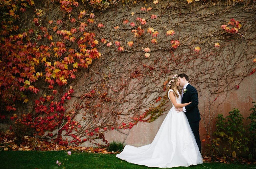 Survival Guide For Brides: 8 Wedding Planning Woes & How To Tackle Them